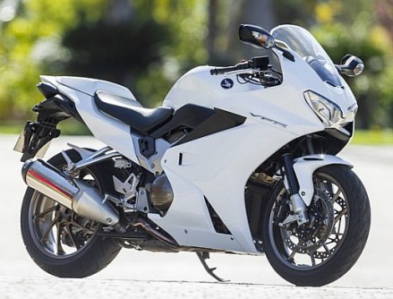 Test 2014 Honda Vfr800f New Sports Bikes