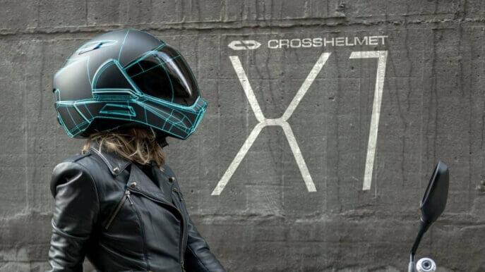 Crosshelmet X1